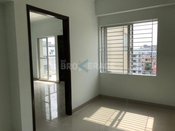 1350 sft apartment in south banasree 996646