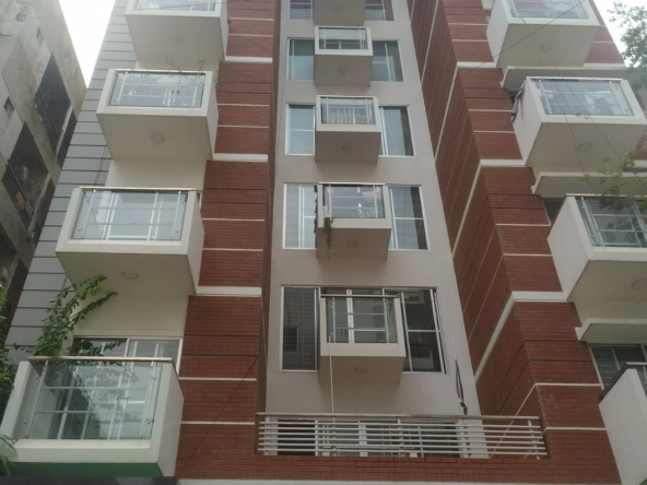 2000-sft-apartment-for-rent-in-bashundhara-a-2-753638